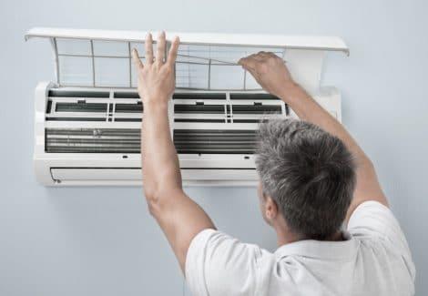 Pulizia e sanificazione split e filtri aria condizionata